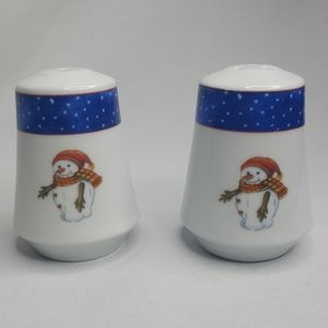 Salt and Pepper Shakers Snowman Christmas Tree